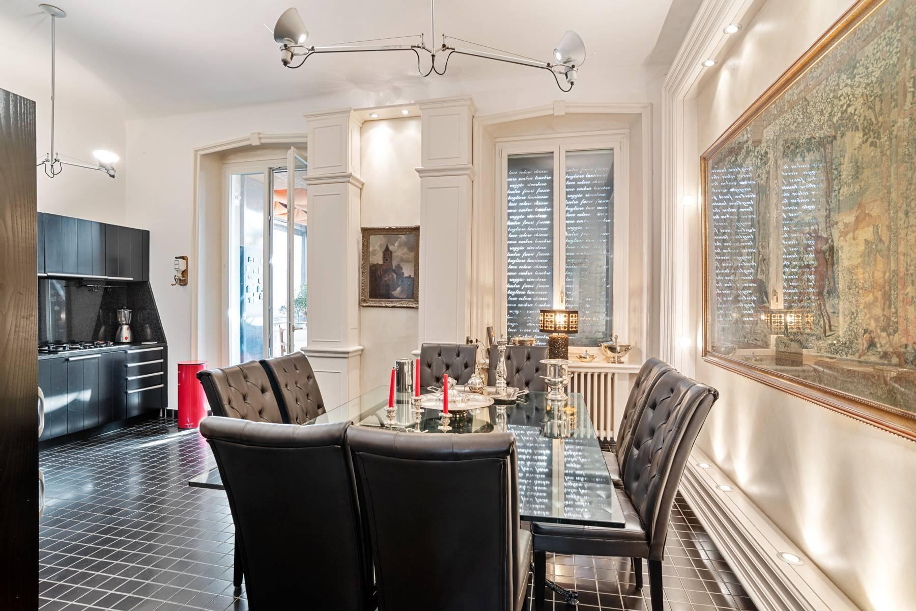 Prestigious apartment in a period building - 12