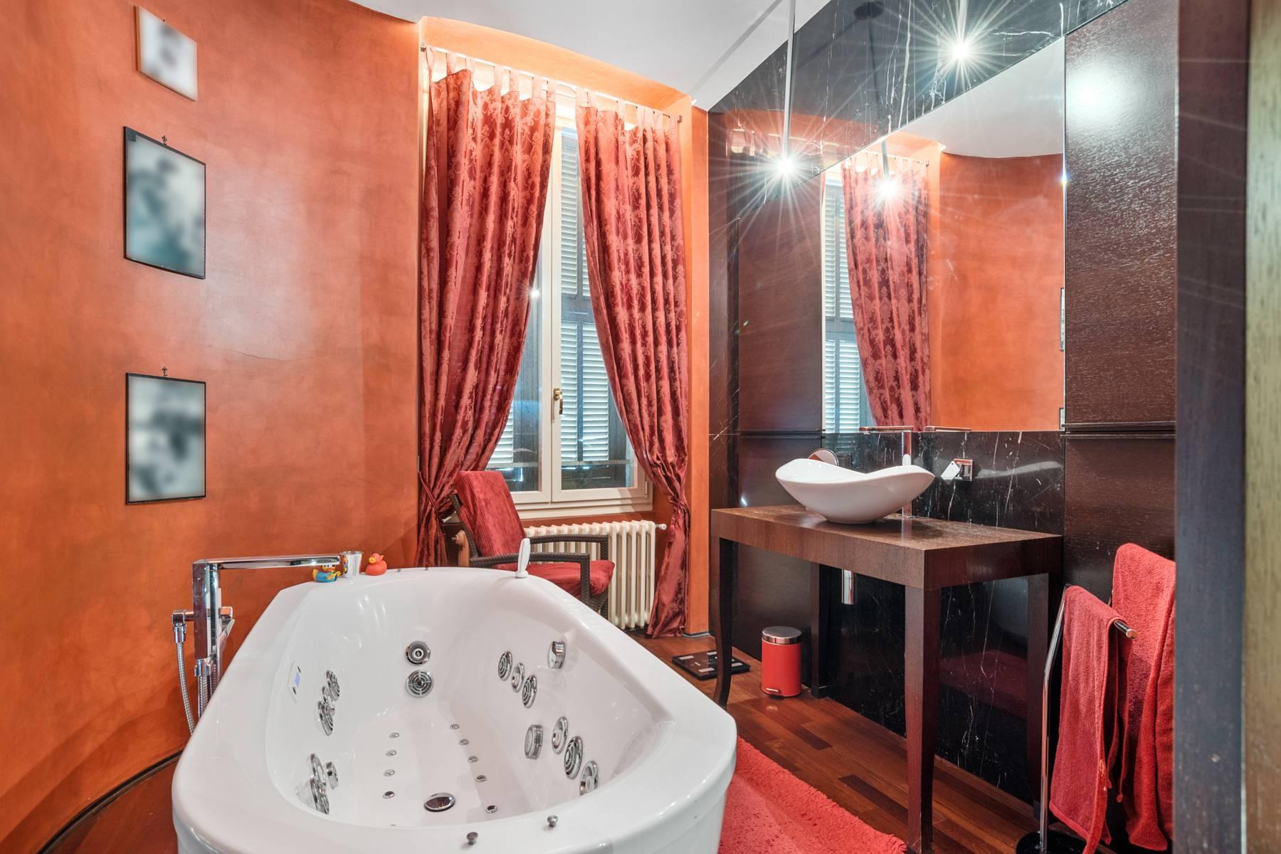 Prestigious apartment in a period building - 20