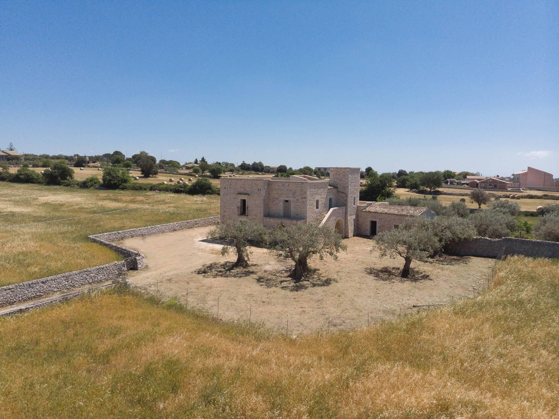 Casale ristrutturato nelle campagne di Modica - 31