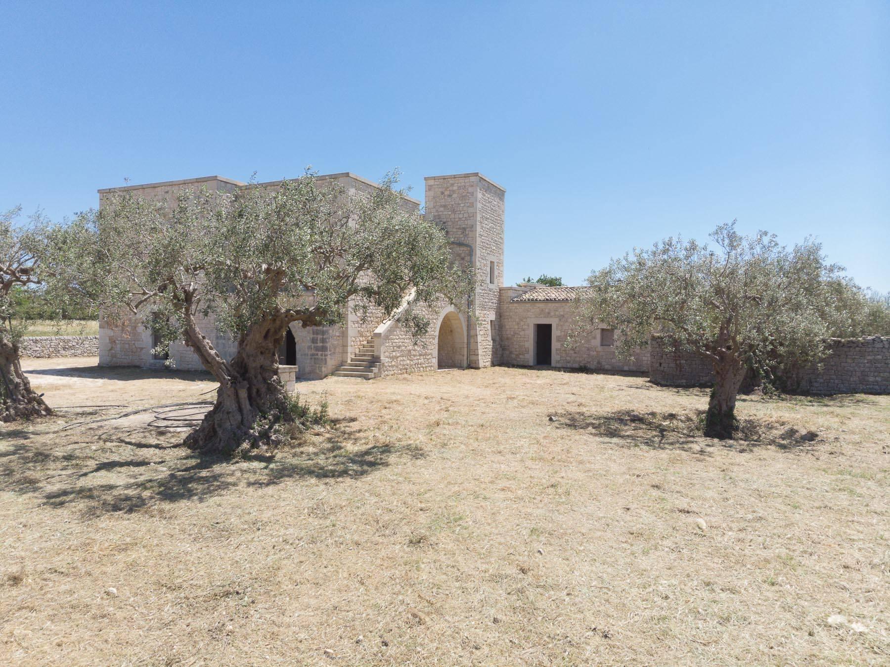 Casale ristrutturato nelle campagne di Modica - 16
