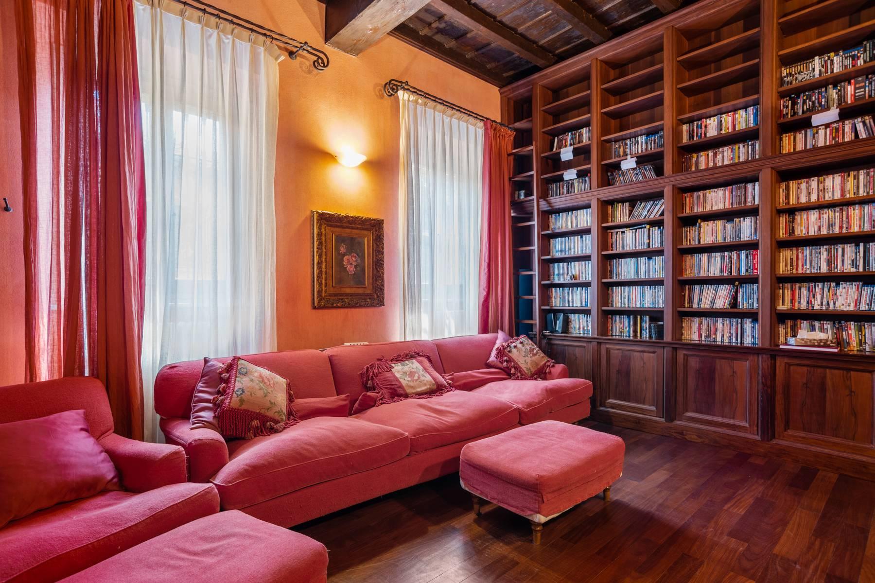 Magnifica proprietà immersa nel verde a Pavia - 14