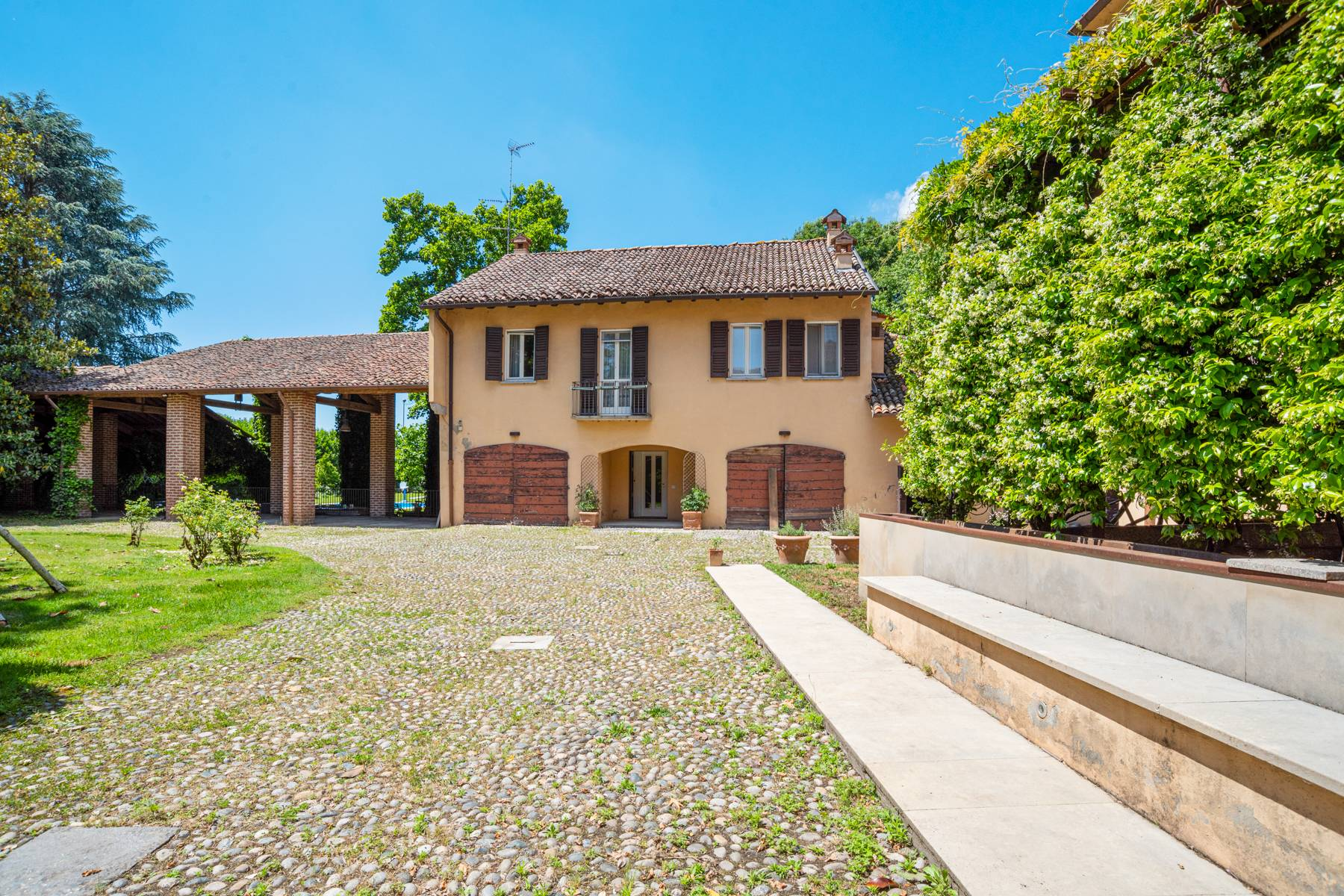 Magnifica proprietà immersa nel verde a Pavia - 22