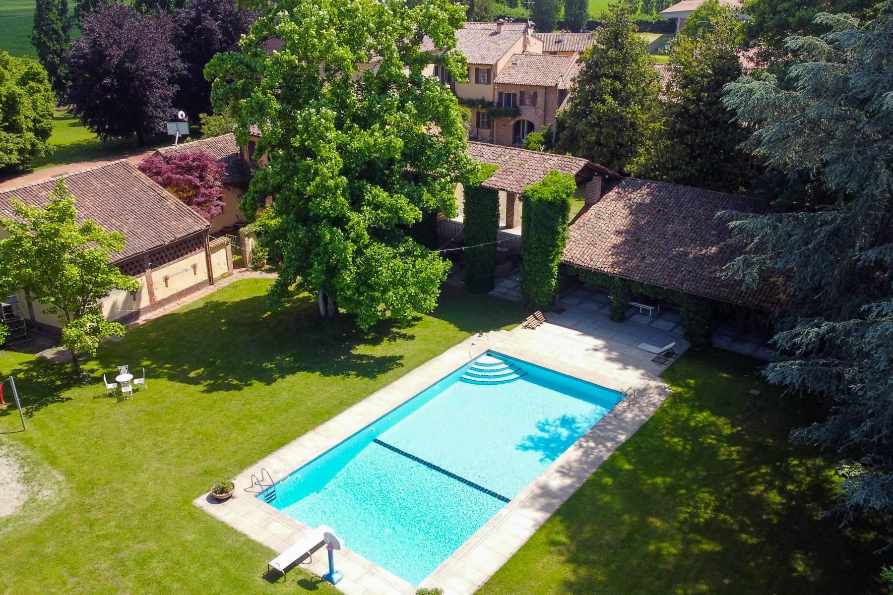 Magnifica proprietà immersa nel verde a Pavia - 31