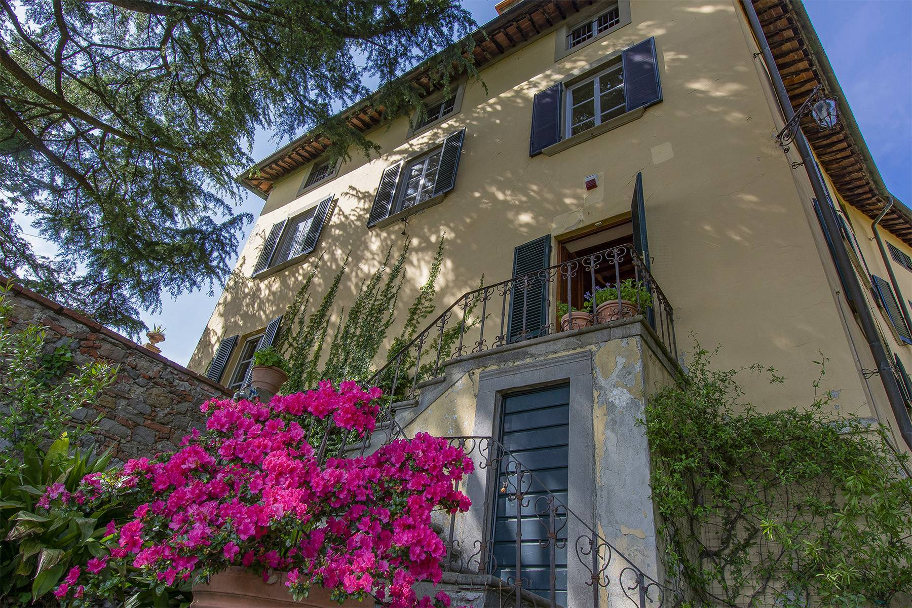Stunning country villa nestled on the hills - 3