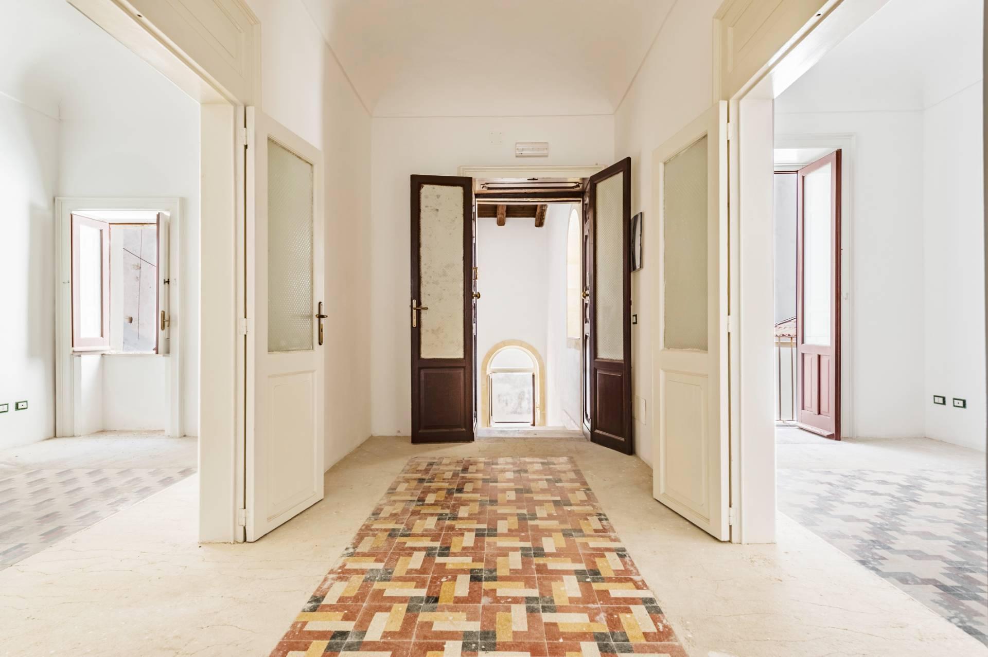Eleganter Palast im Stadtzentrum Ortigia - 1