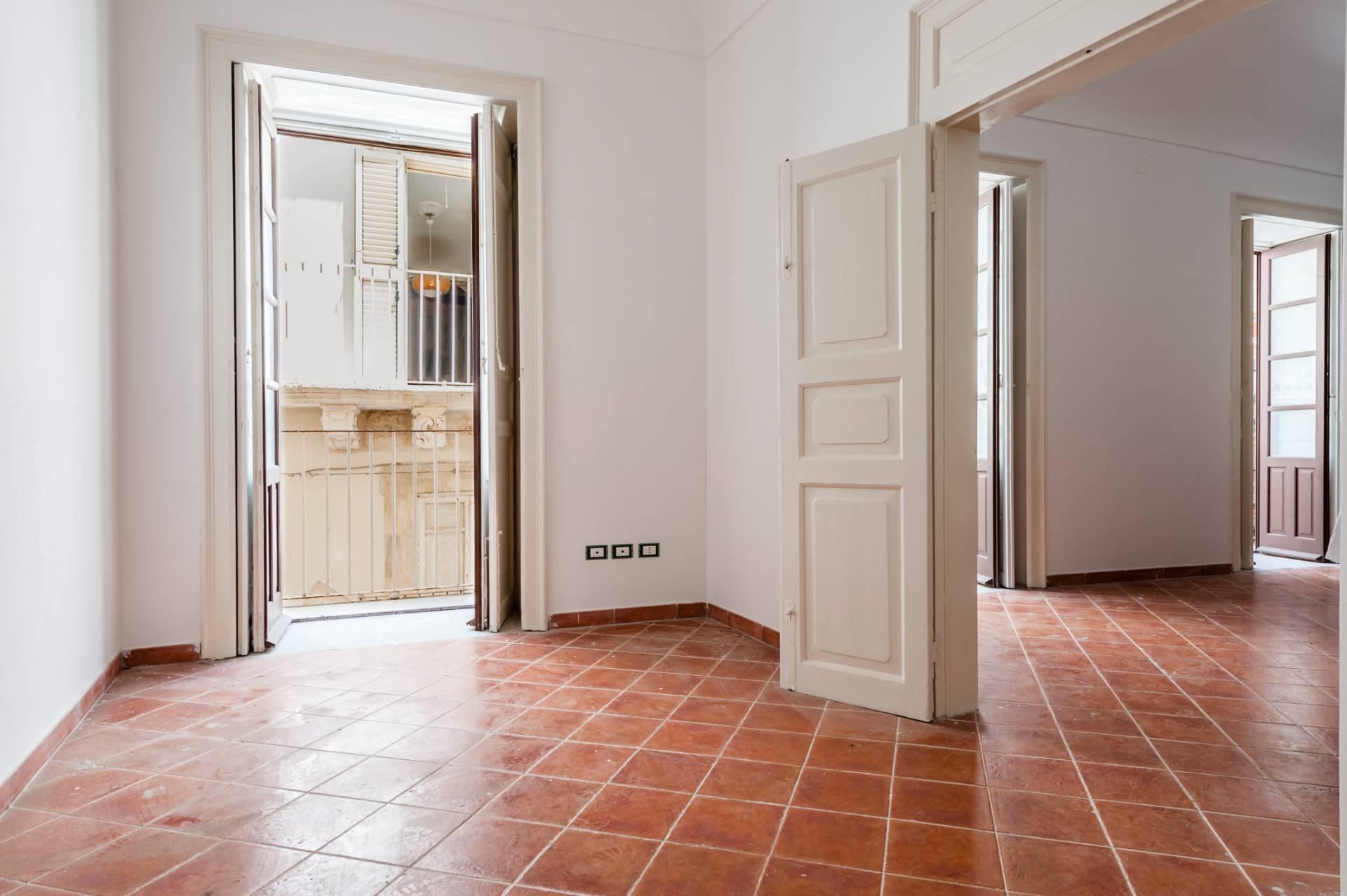 Elegante palazzo nel centro di Ortigia - 14