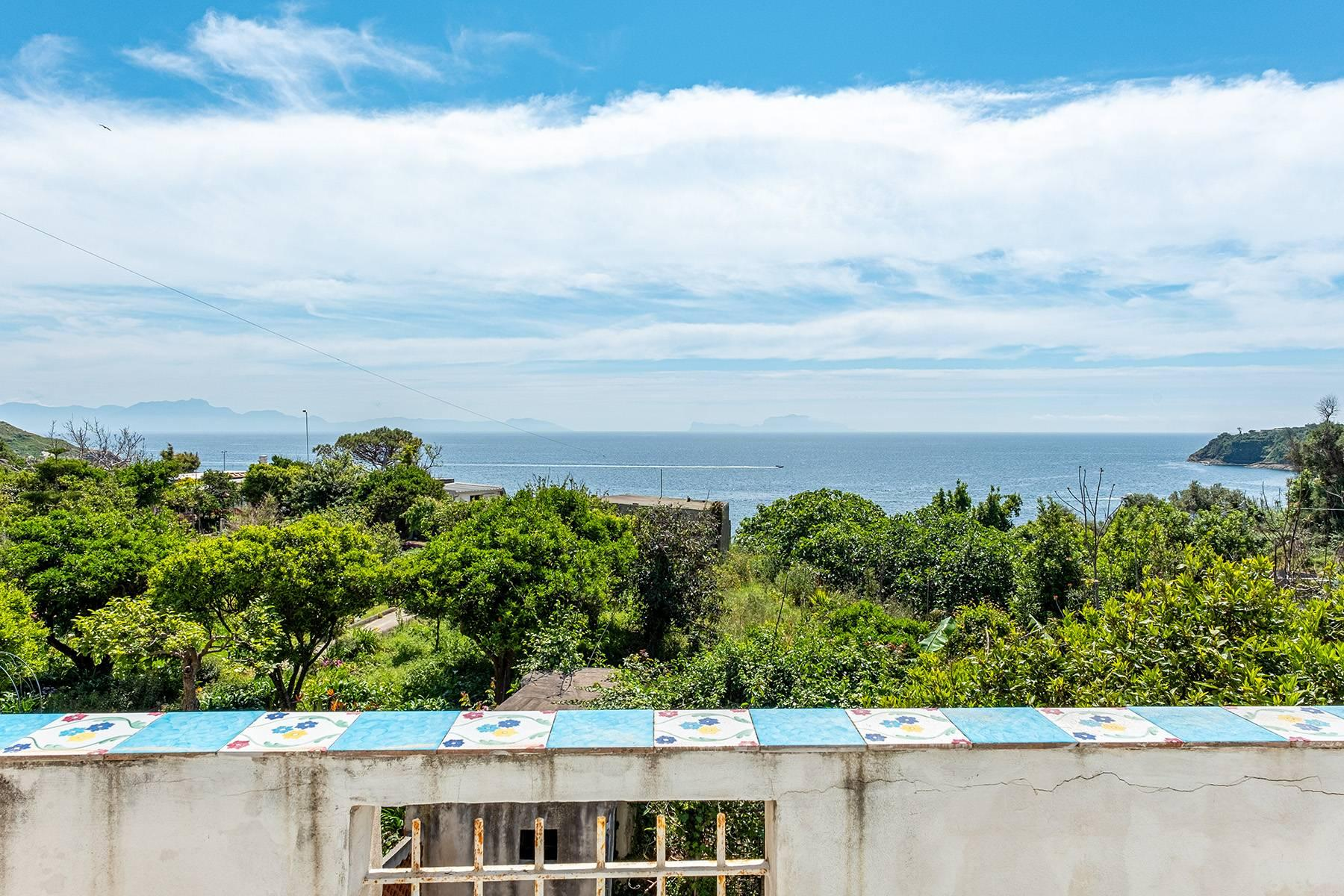 Charming villa with direct access to the sea - 21