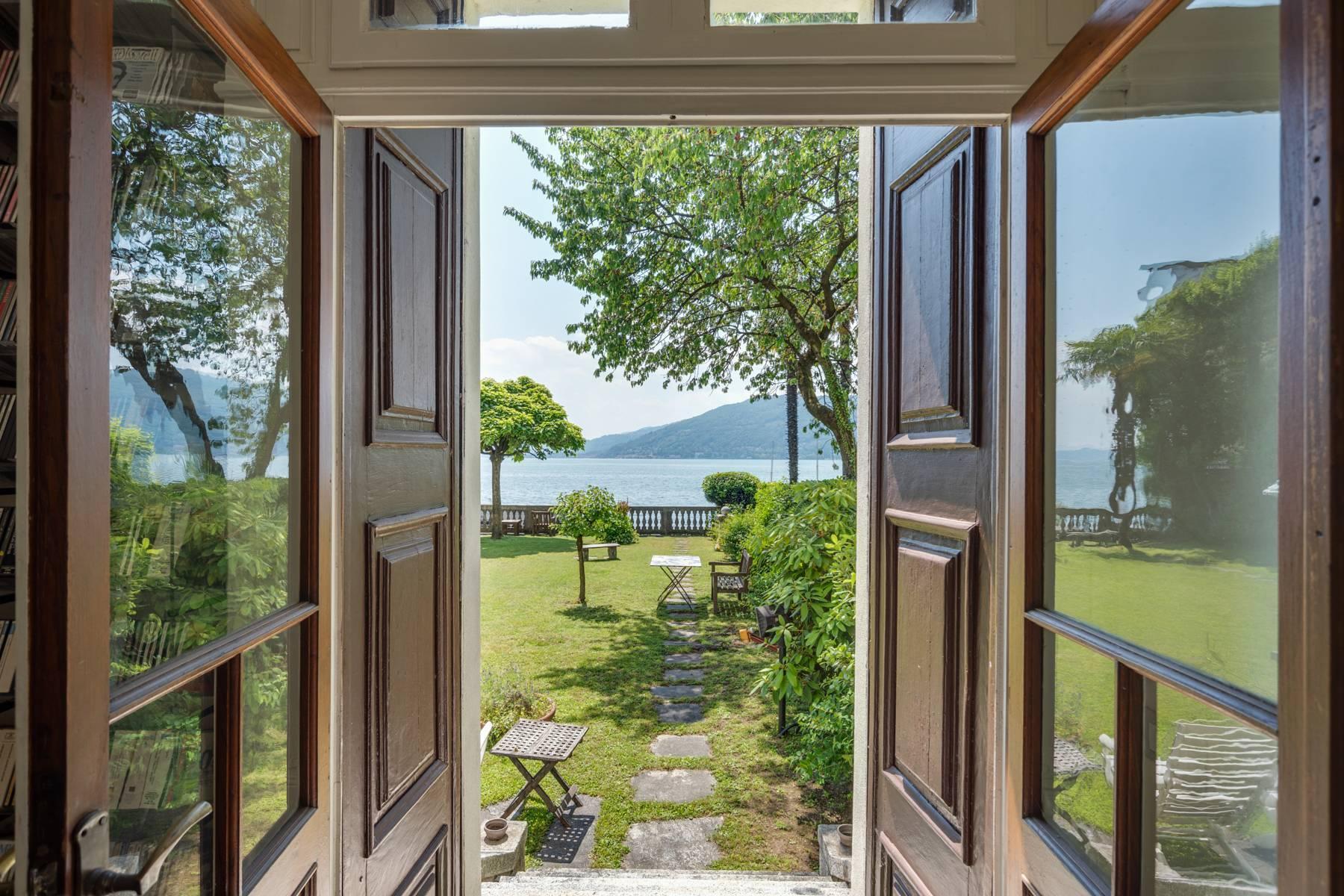 Casa storica direttamente sul lago Maggiore - 1