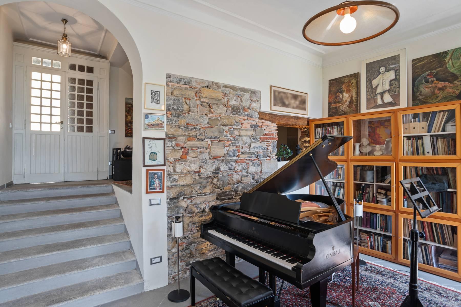 Casa storica direttamente sul lago Maggiore - 16