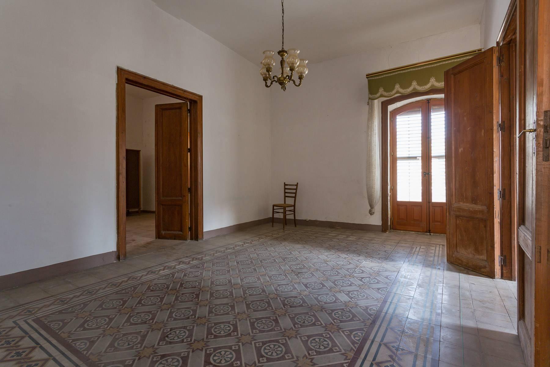 Palast im Modica Stadtzentrum - 21