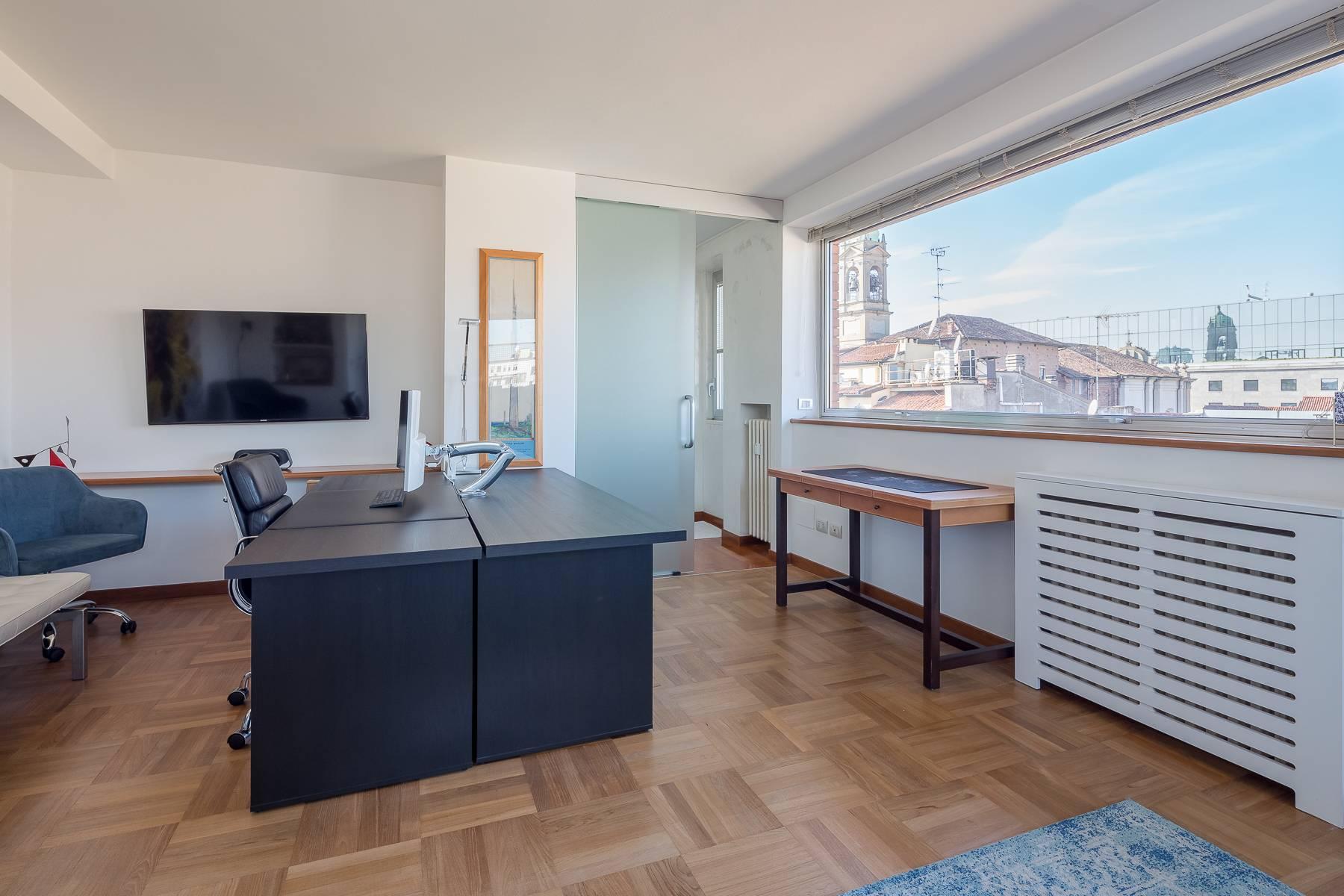 时尚区带露台的全景顶层公寓 - 8