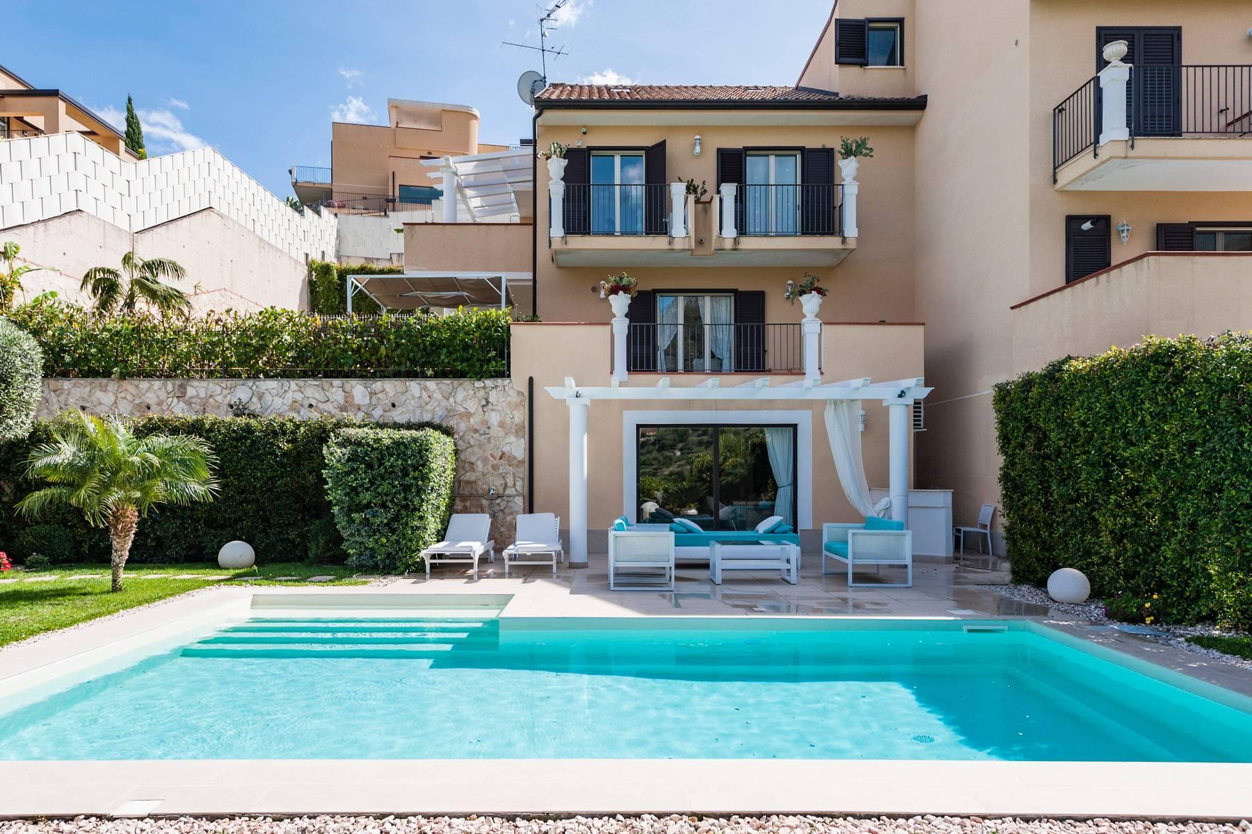Modern villa with swimming pool in Taormina - 18
