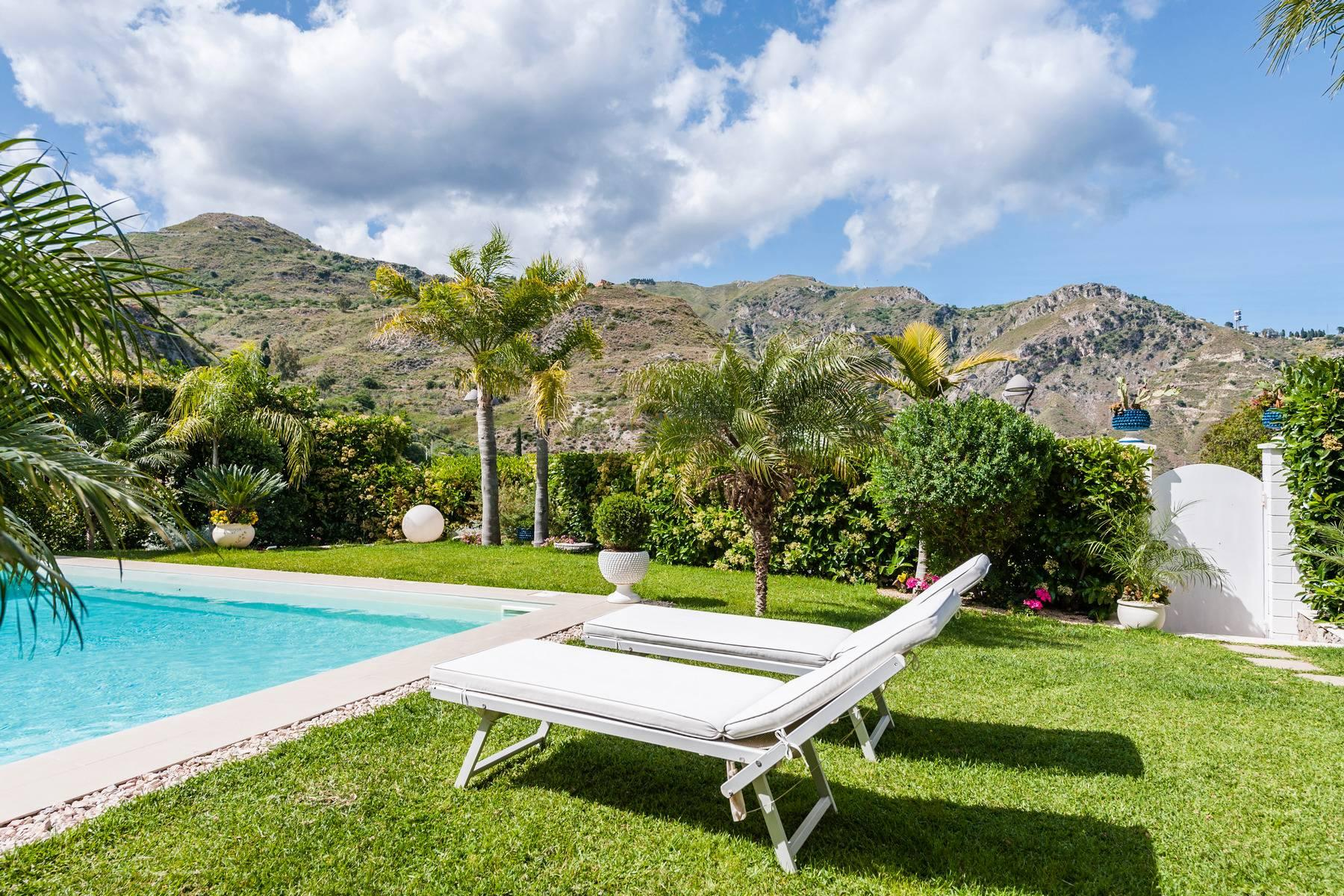 Modern villa with swimming pool in Taormina - 2