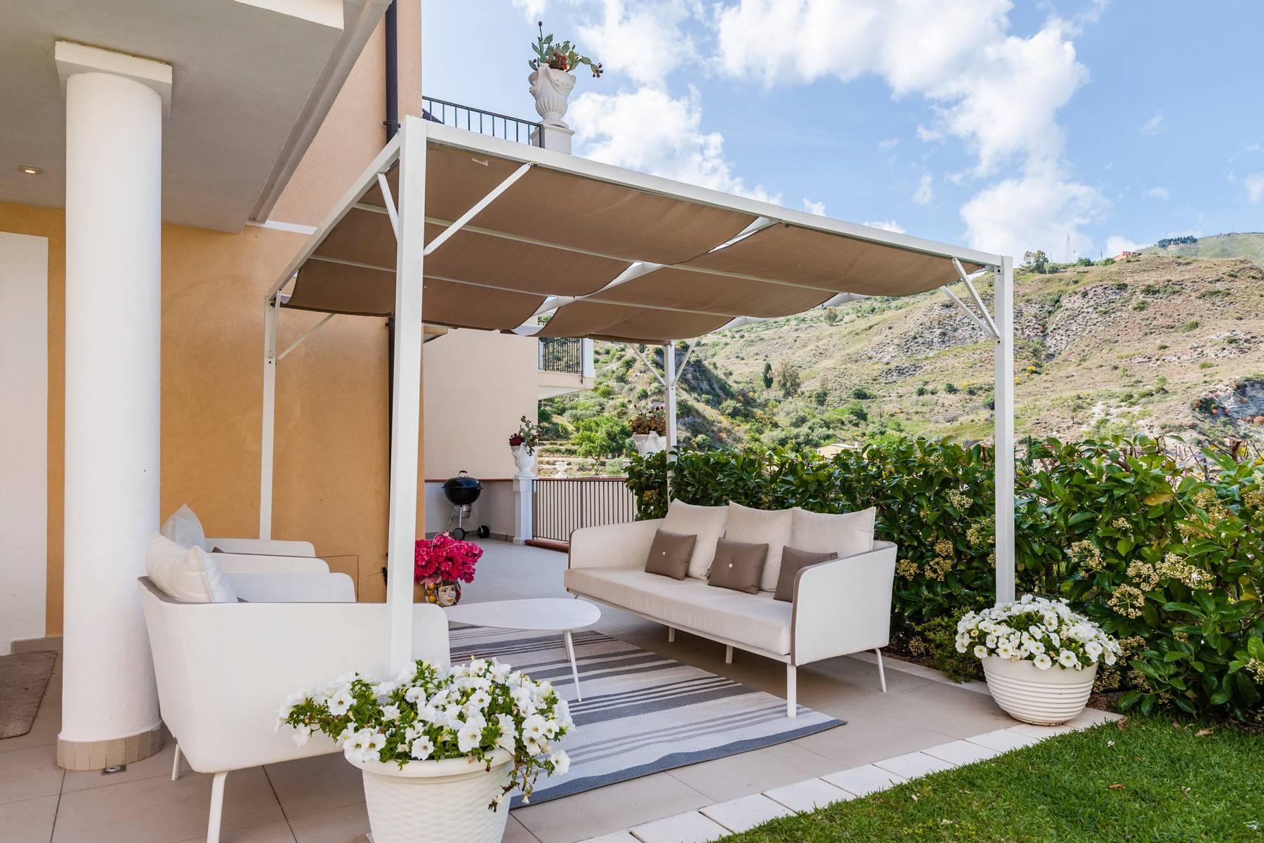 Modern villa with swimming pool in Taormina - 19
