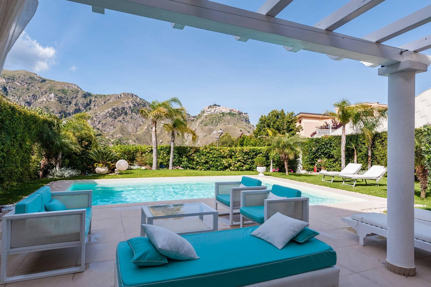 Modern villa with swimming pool in Taormina - 4