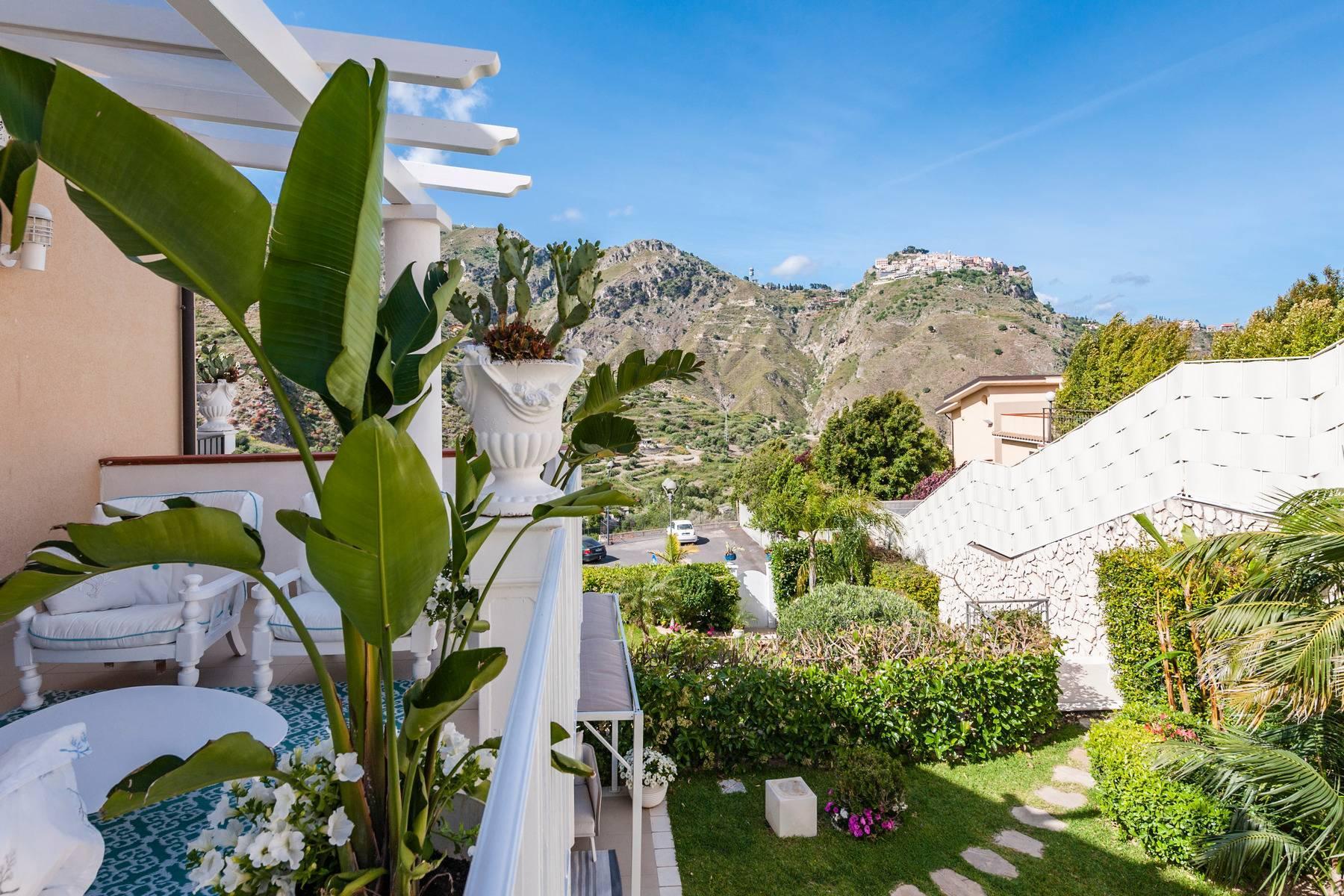 Modern villa with swimming pool in Taormina - 25