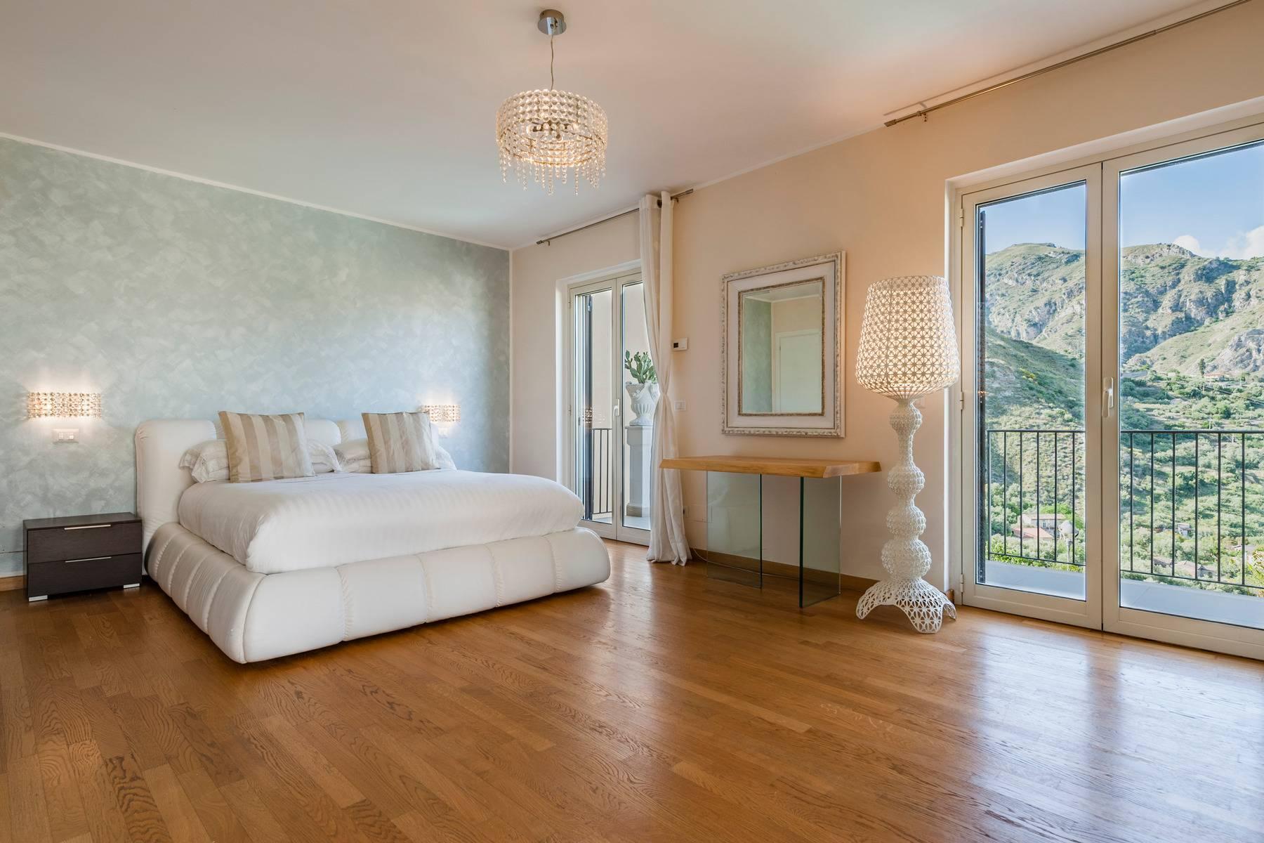 Modern villa with swimming pool in Taormina - 12