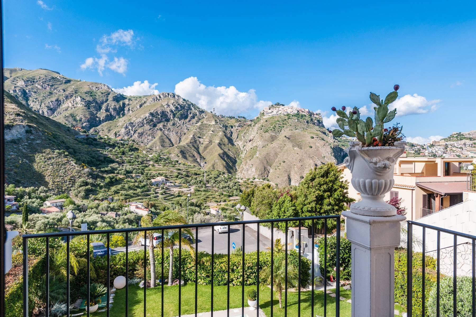 Modern villa with swimming pool in Taormina - 3