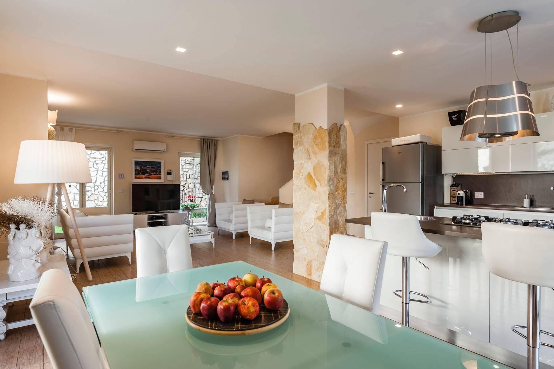 Modern villa with swimming pool in Taormina - 9