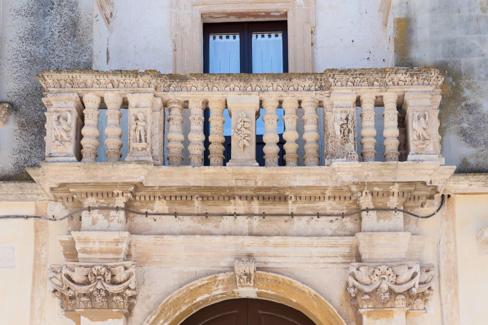 Superbo Palazzo dal valore artistico e culturale - 35
