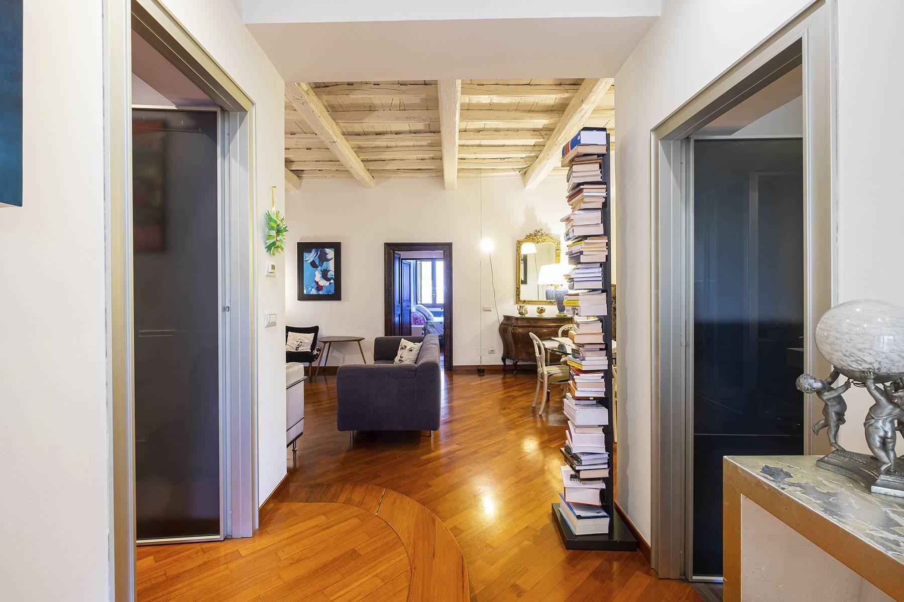 Elegant and bright apartment in Monti - 2