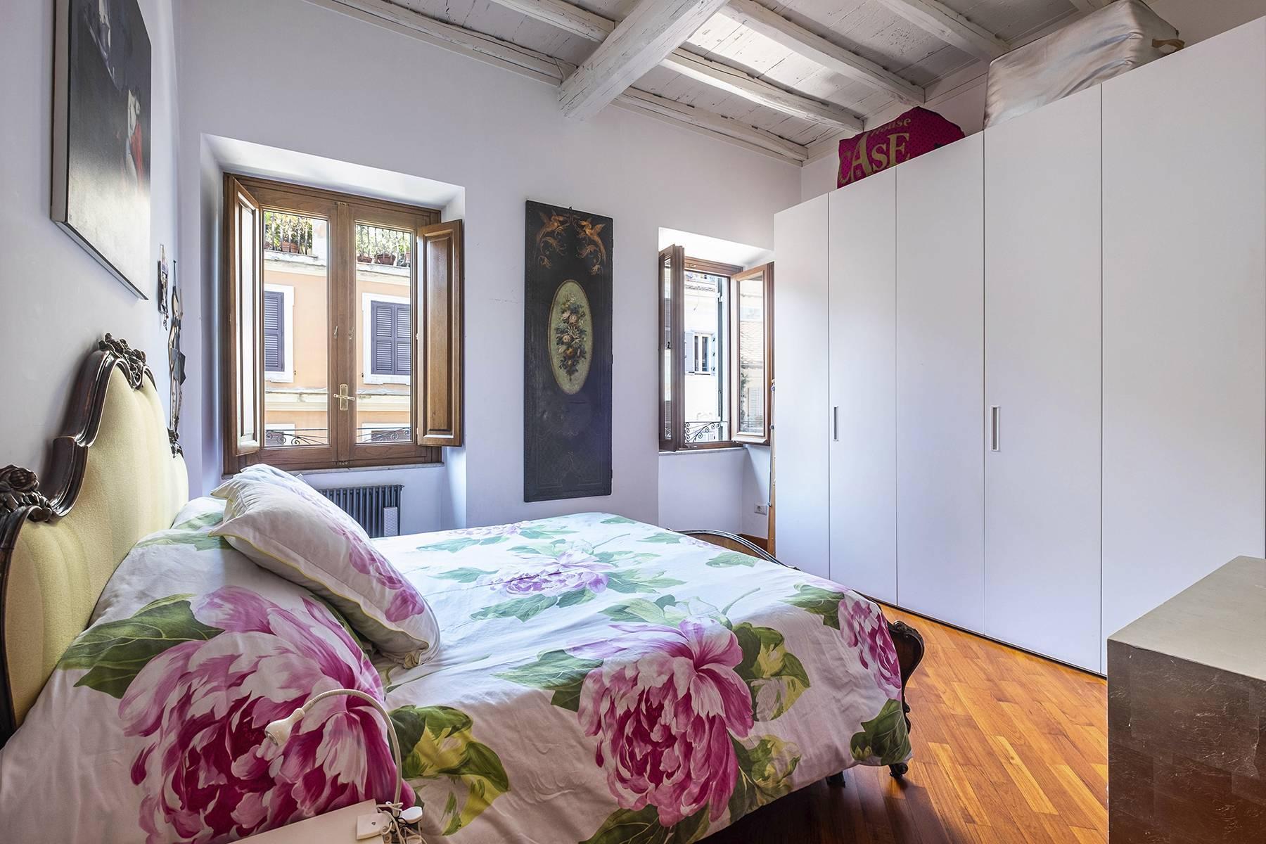 Elegant and bright apartment in Monti - 11
