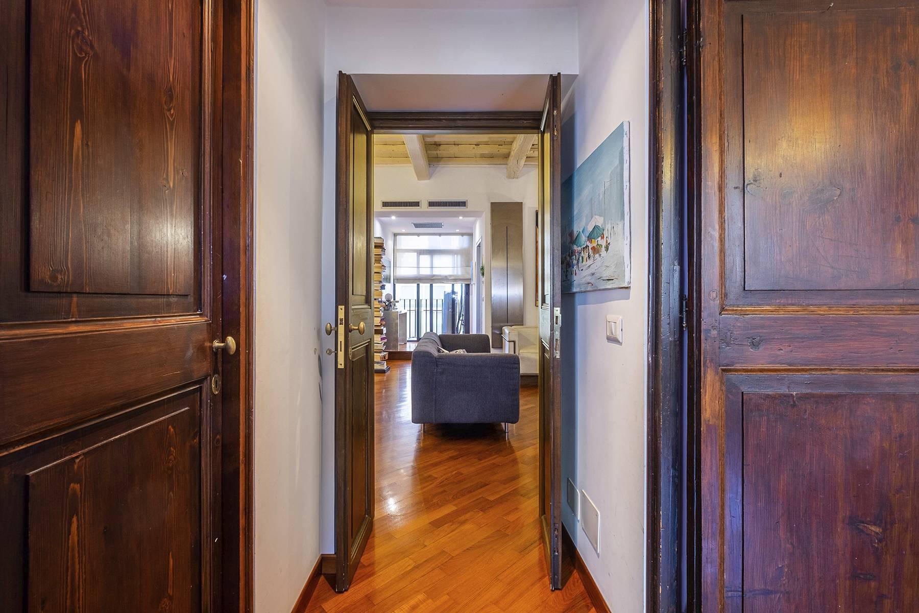 Elegant and bright apartment in Monti - 9