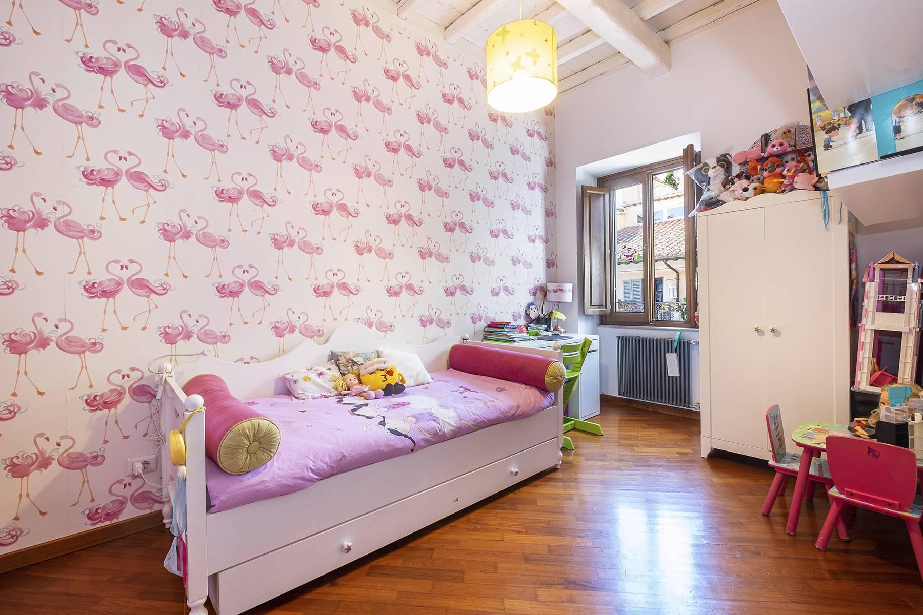 Elegant and bright apartment in Monti - 13
