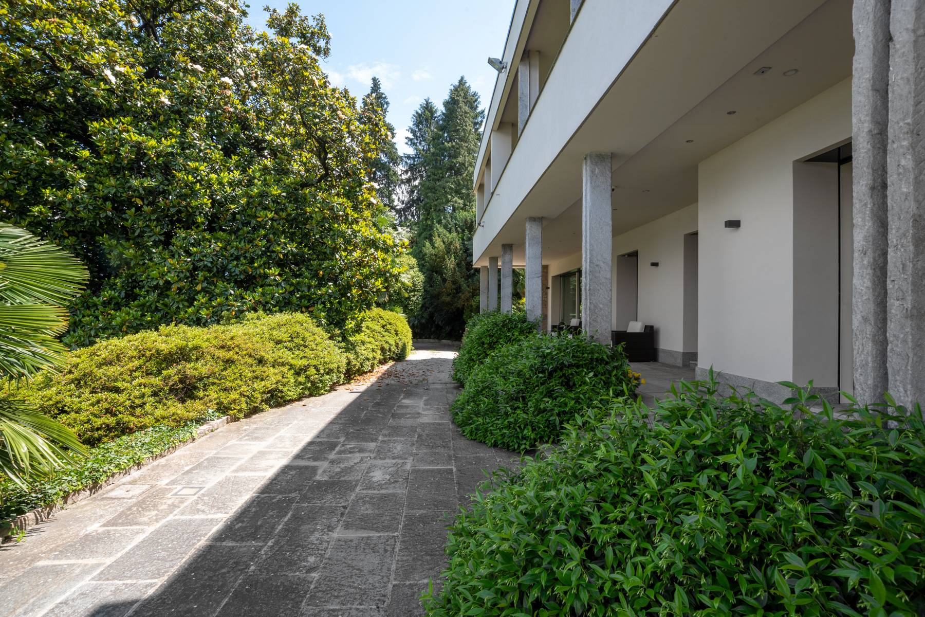 Architecture, style and charm in Stresa - 30