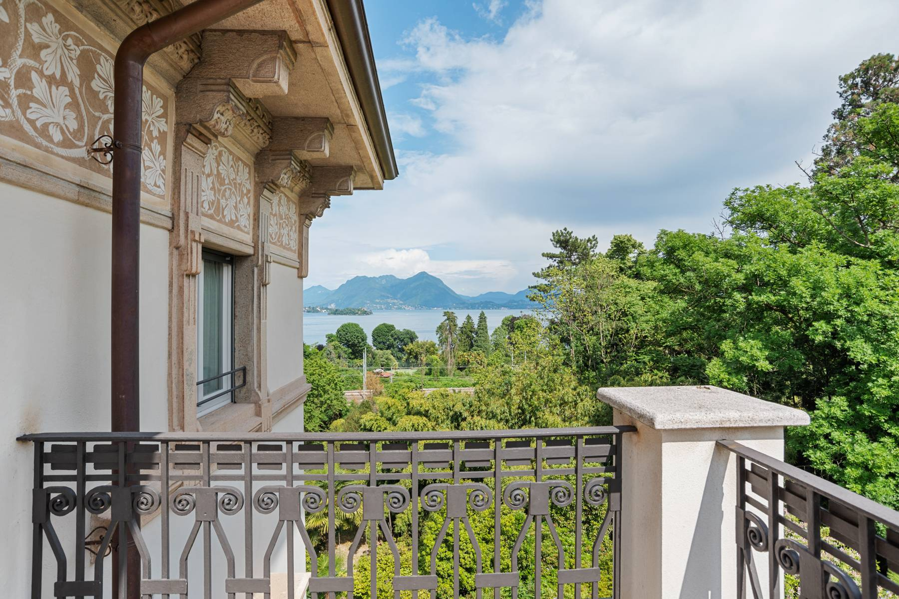 Enchantment on the Lake Maggiore - 35