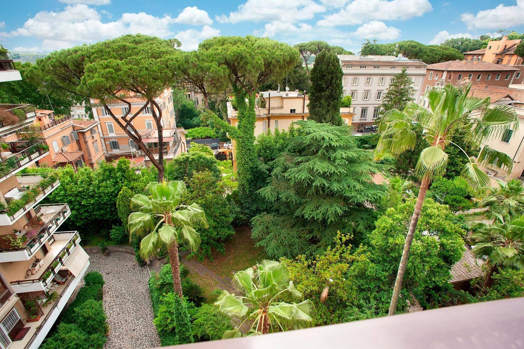 Design-Penthouse mit Panorama-Terrasse mitten im Grünen - 9