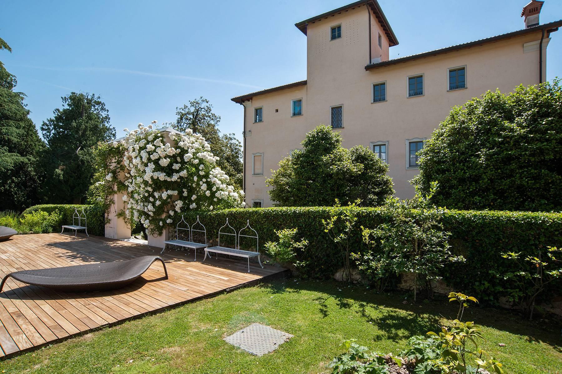 Antike Burg am Lago Maggiore - 6