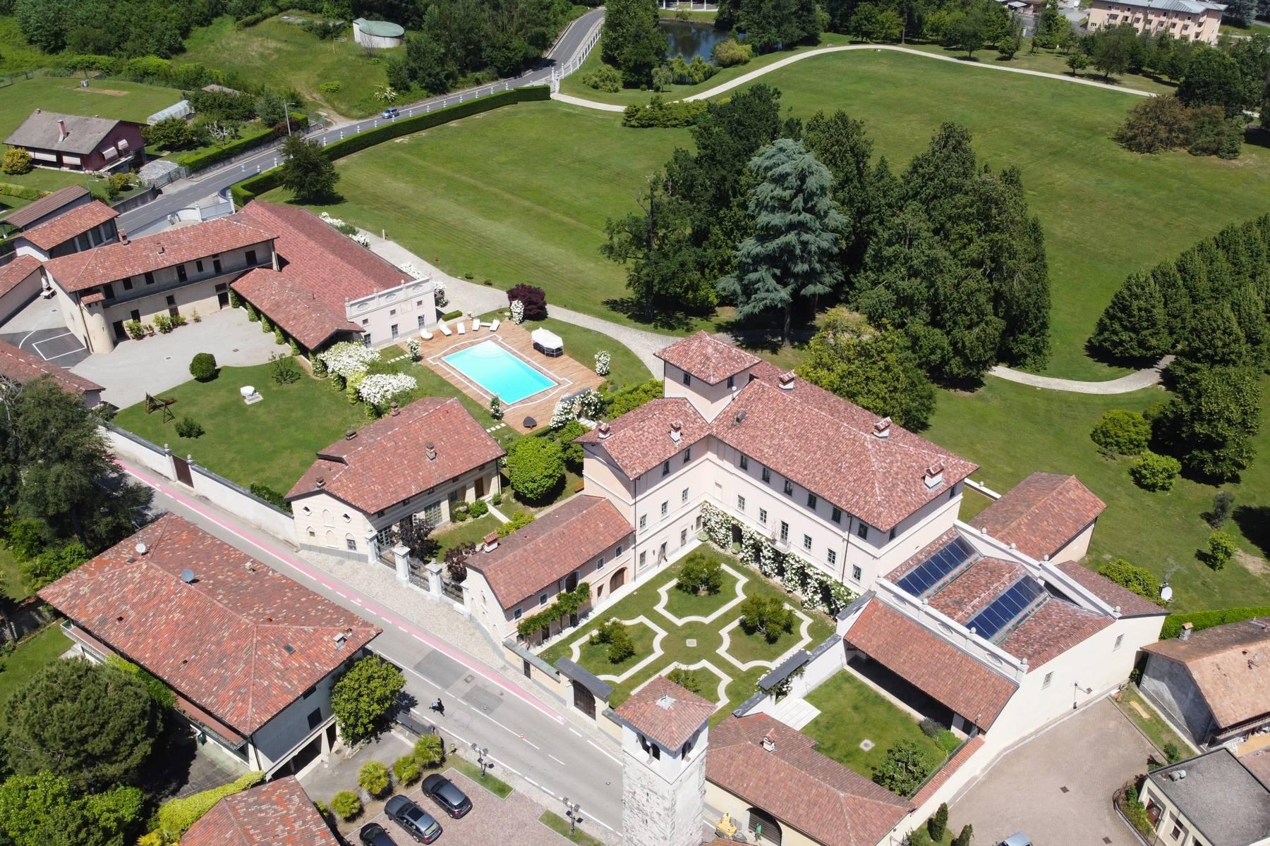Antike Burg am Lago Maggiore - 2