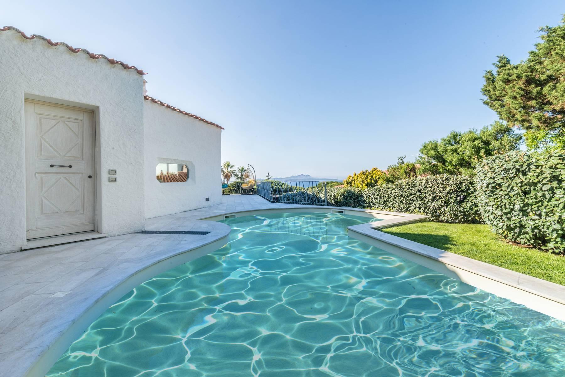 Villa confortable avec piscine privée à Baja Sardinia - 1