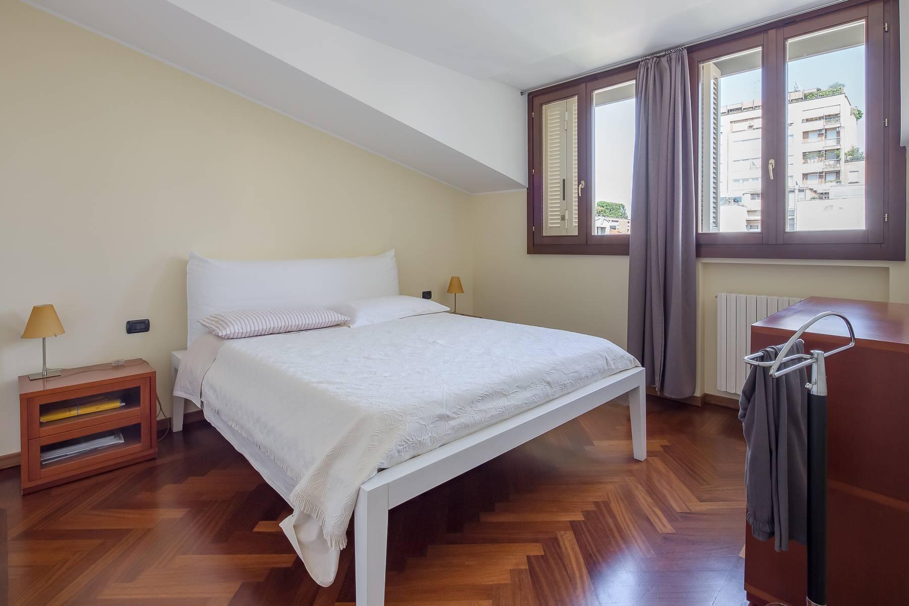 Grazioso appartamento mansardato con 4 camere in Magenta - 7