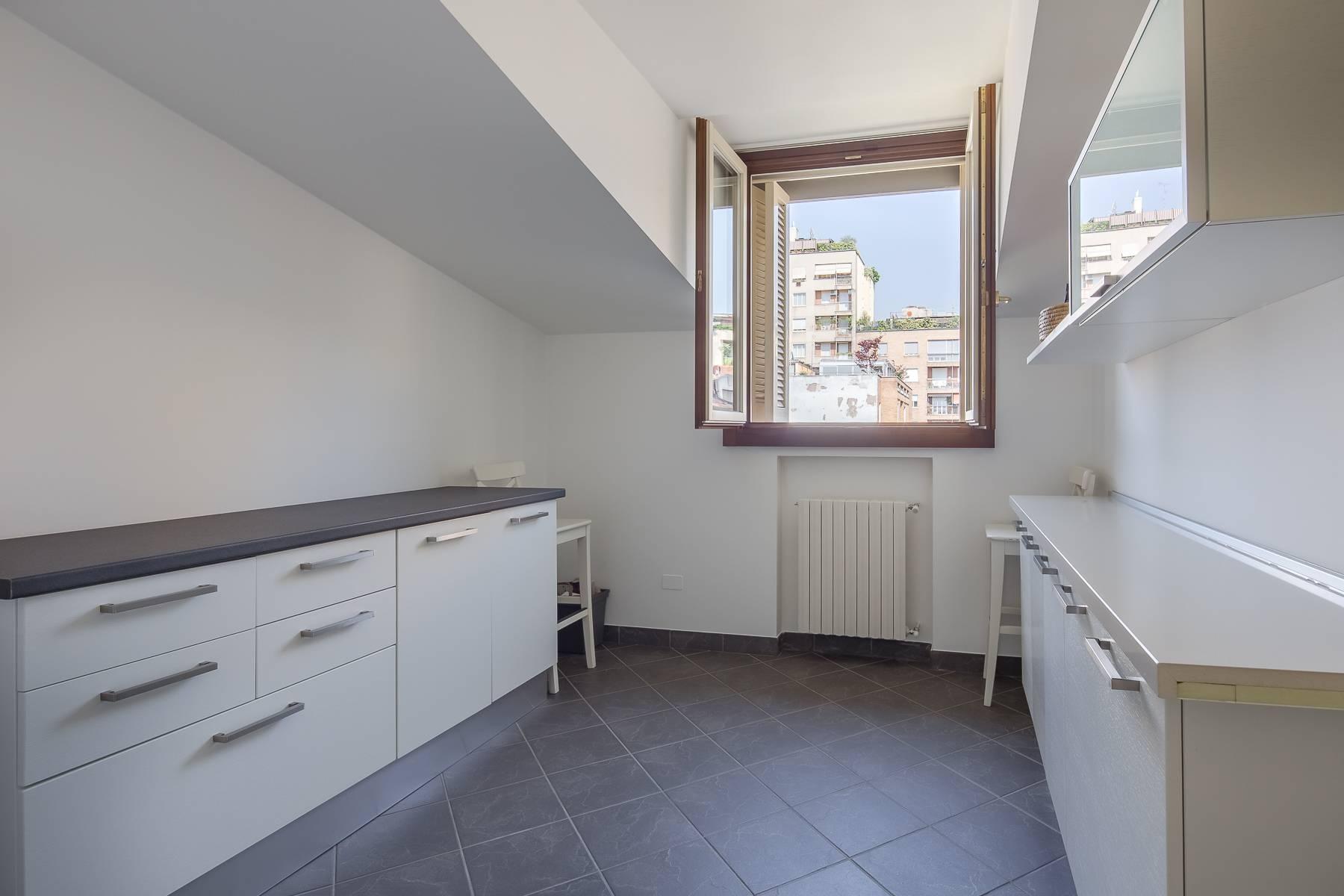 Grazioso appartamento mansardato con 4 camere in Magenta - 6