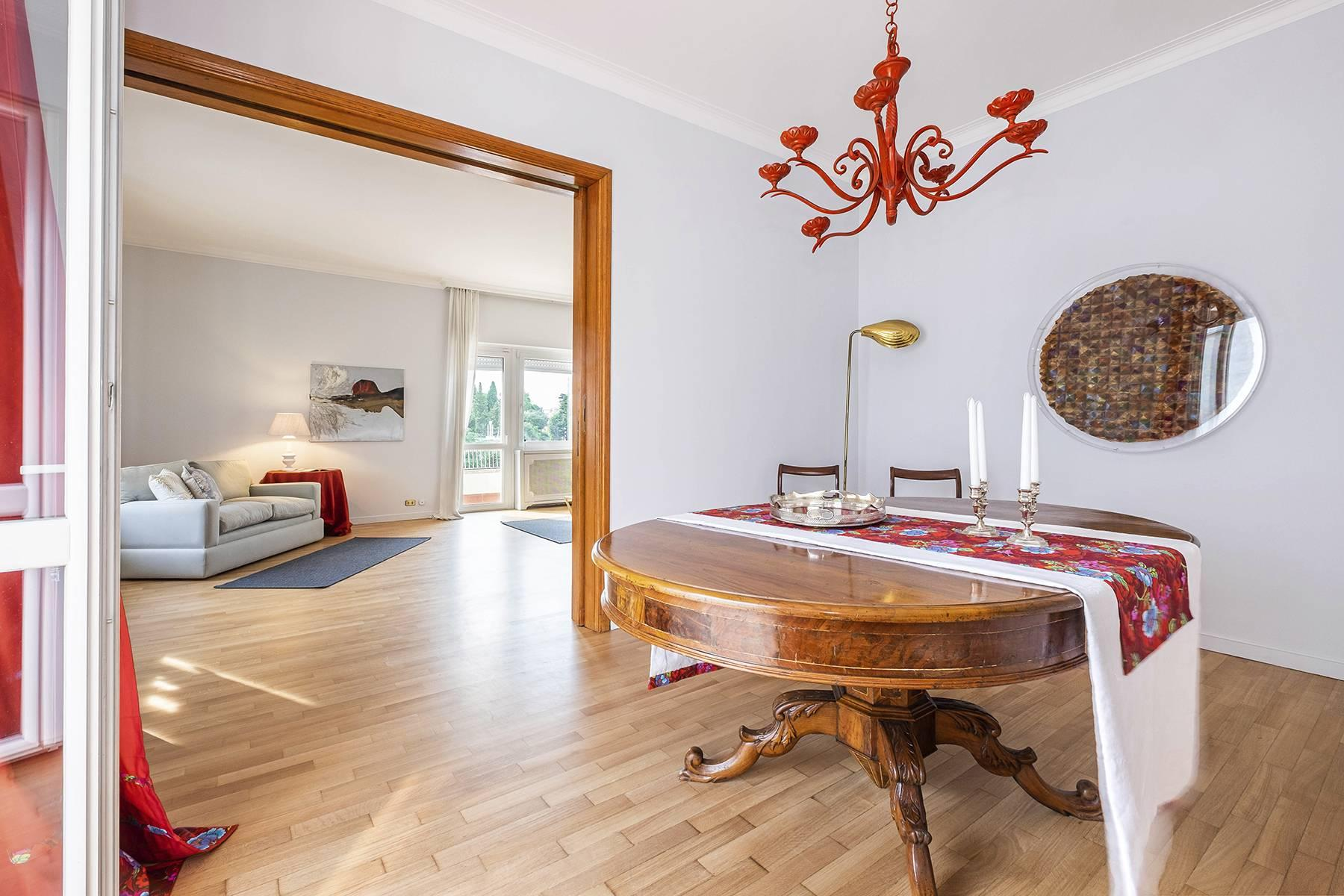 Modern penthouse with stunning 70 sqm terrace a stone's throw from Villa Borghese - 6