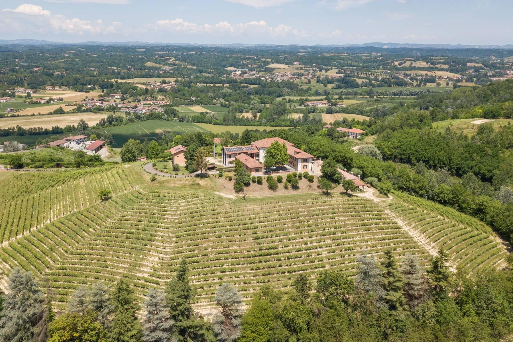 Prestigious estate with breathtaking views of the Alps - 35