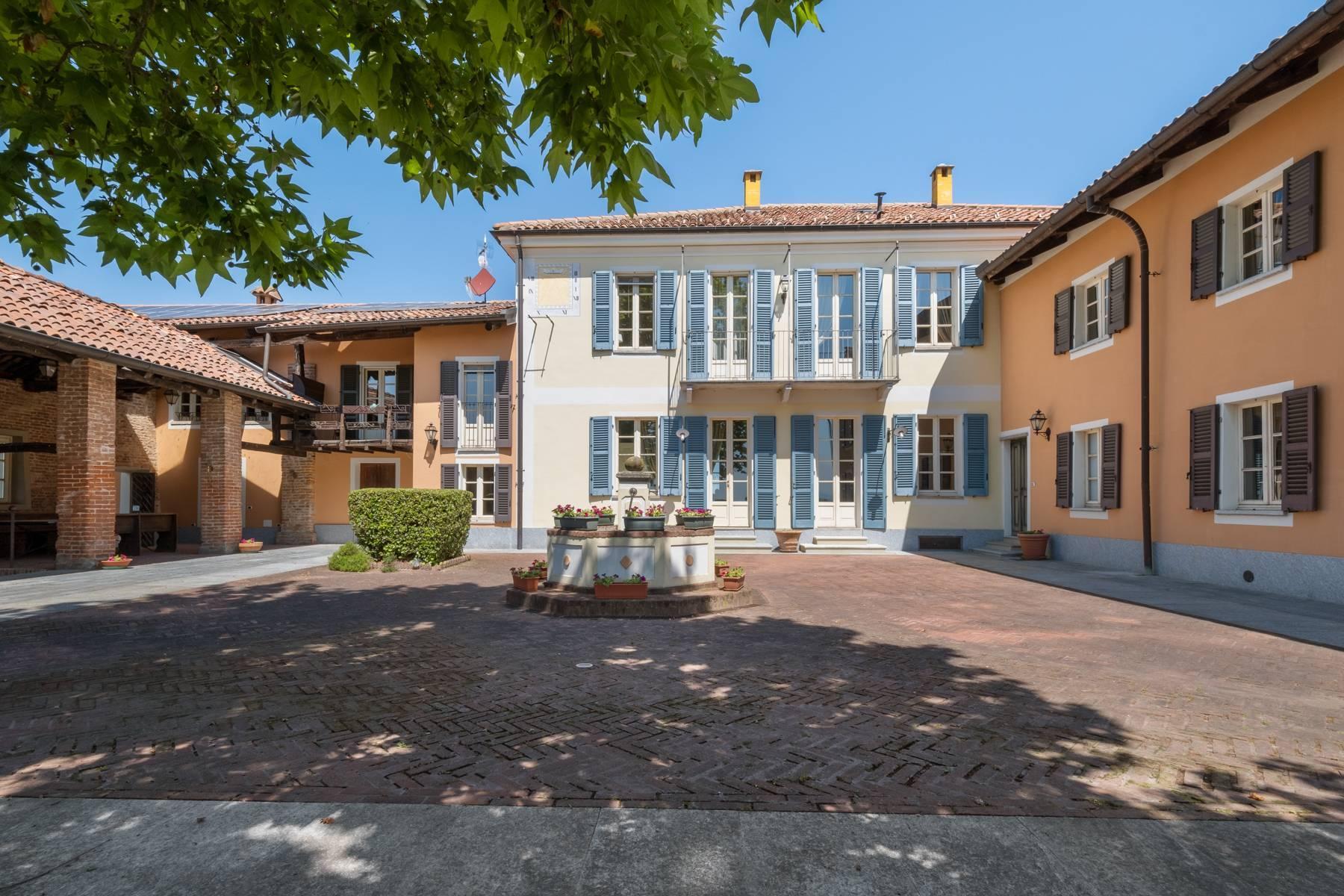 Elegante Villa mit wunderschönem Blick auf die Alpen - 13