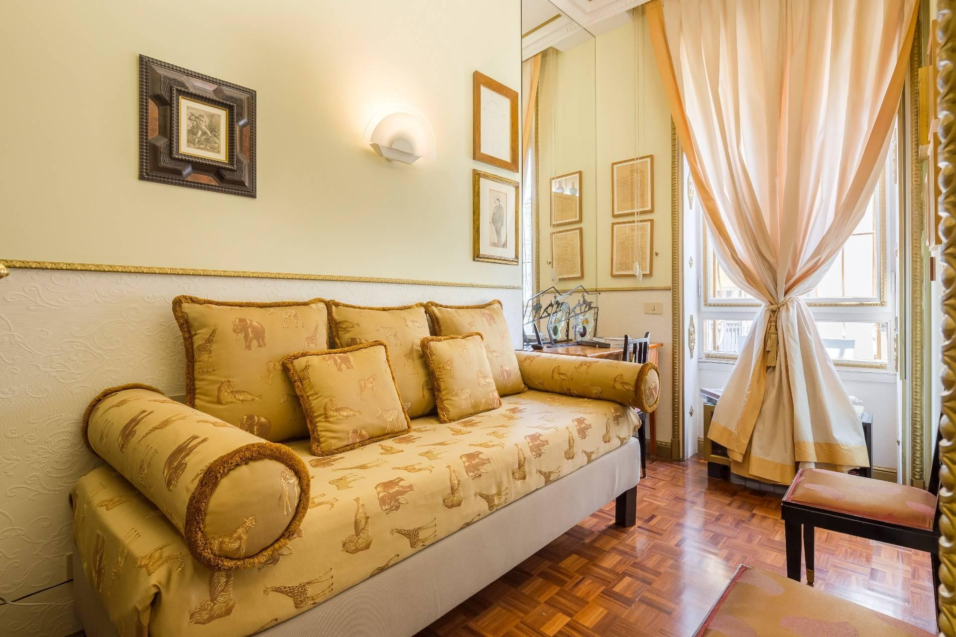 Charming and exclusive property overlooking the Borromeo gardens - 16