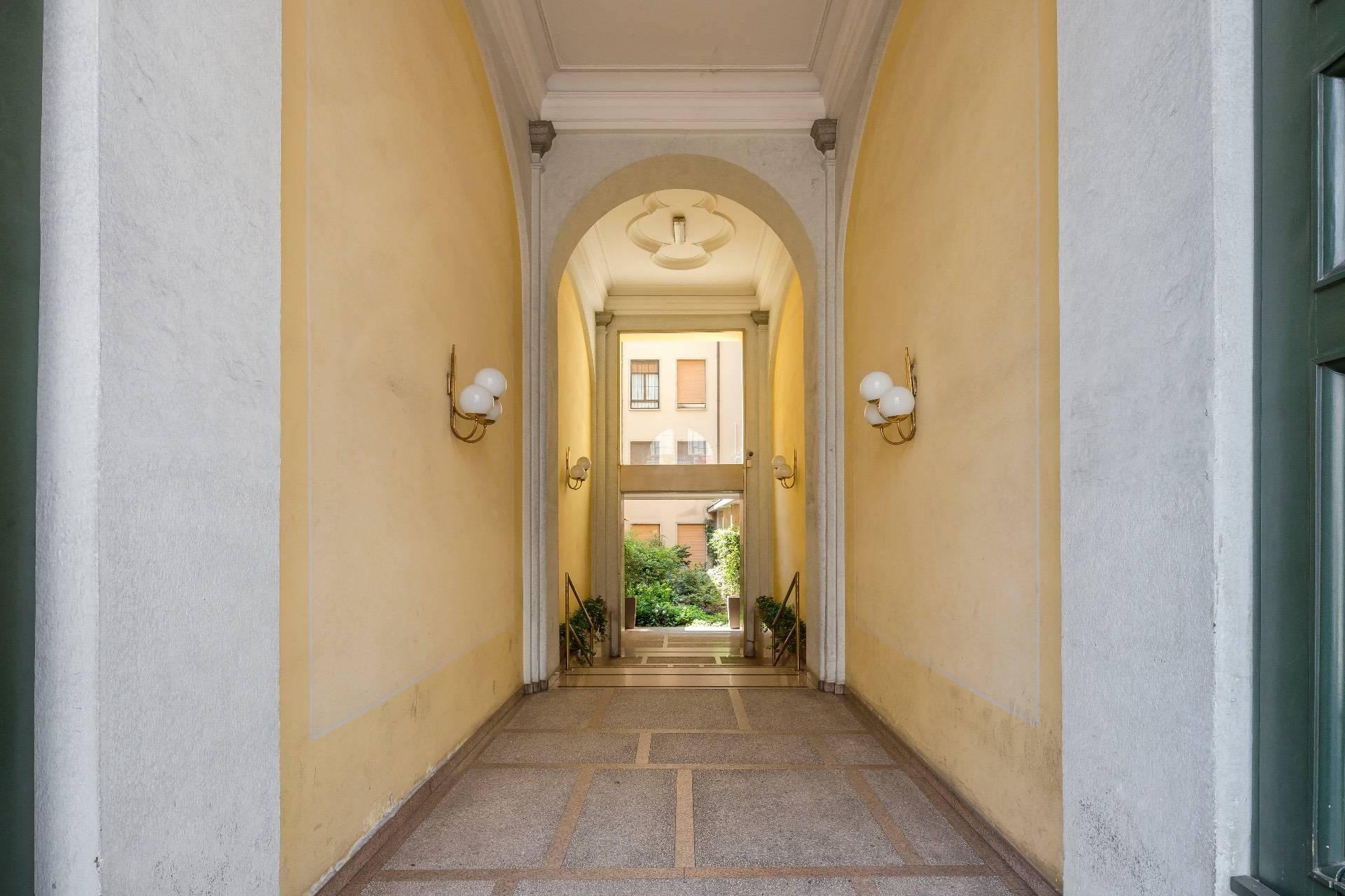 Charming and exclusive property overlooking the Borromeo gardens - 26