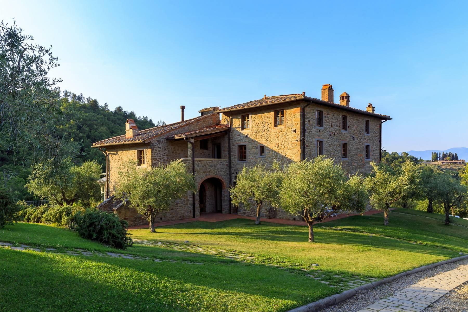 Beautiful property in the heart of Chianti Aretino - 4