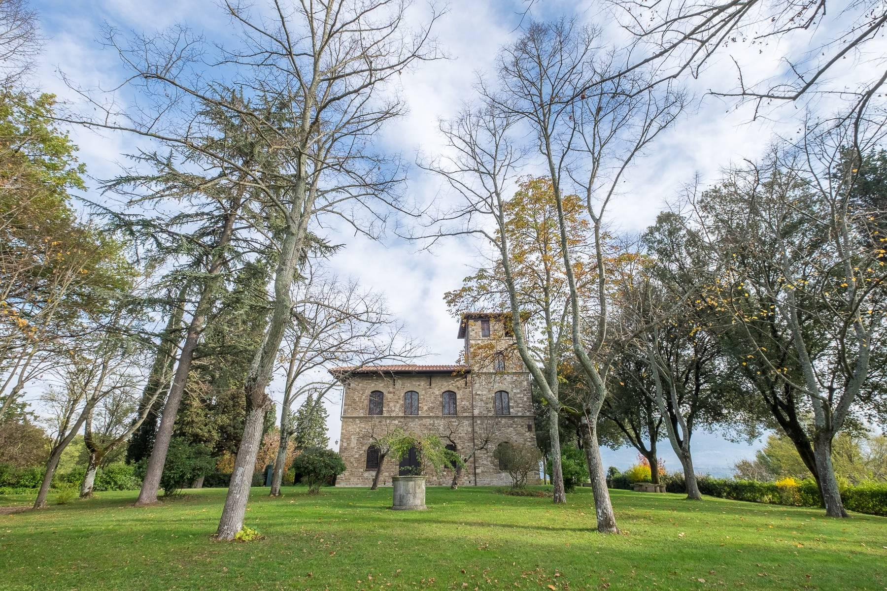 Spectacular Villa and Farmstead close to Florence - 1