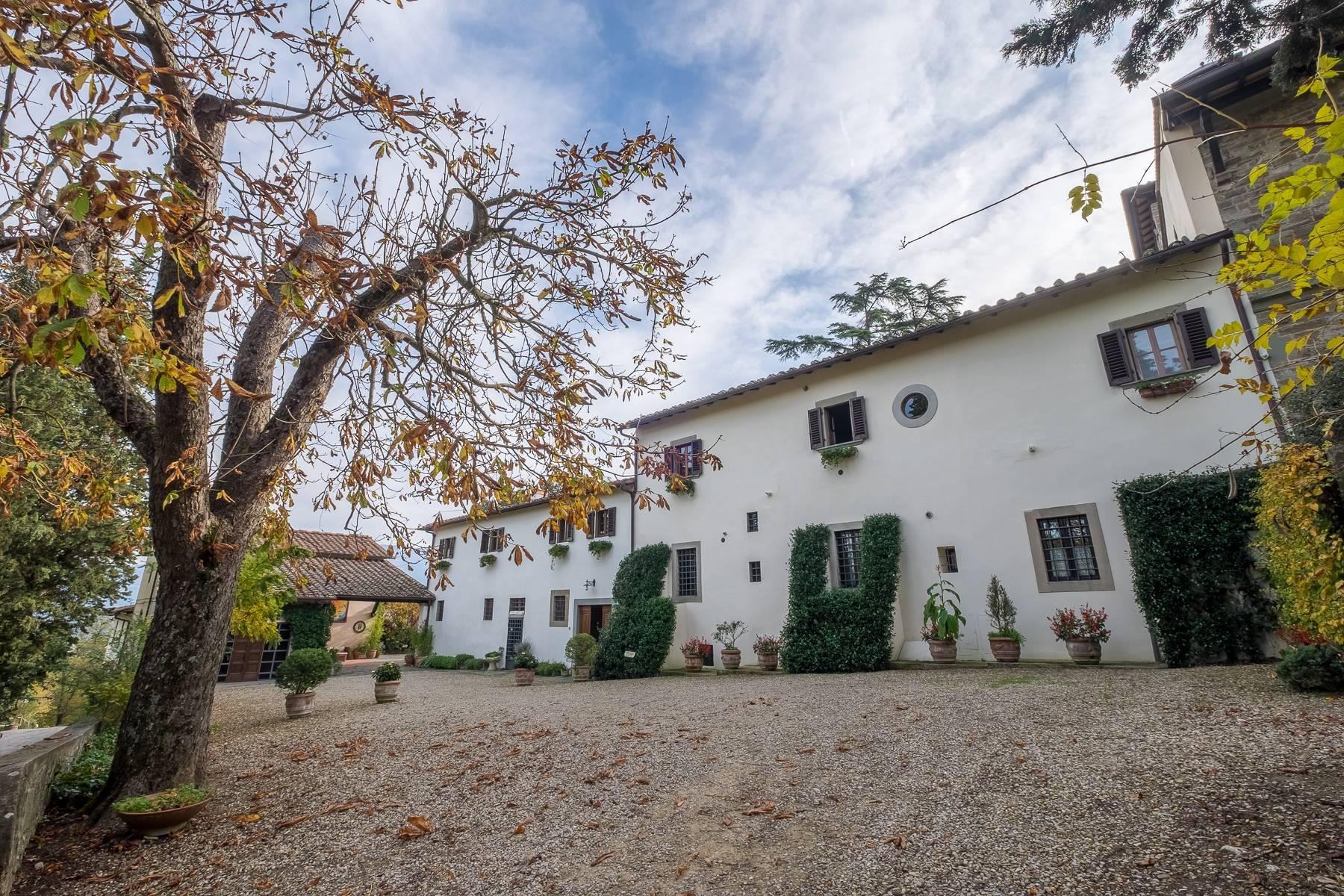 Spectacular Villa and Farmstead close to Florence - 3