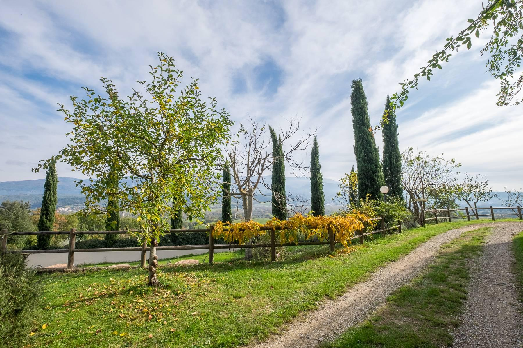 Spectacular Villa and Farmstead close to Florence - 26