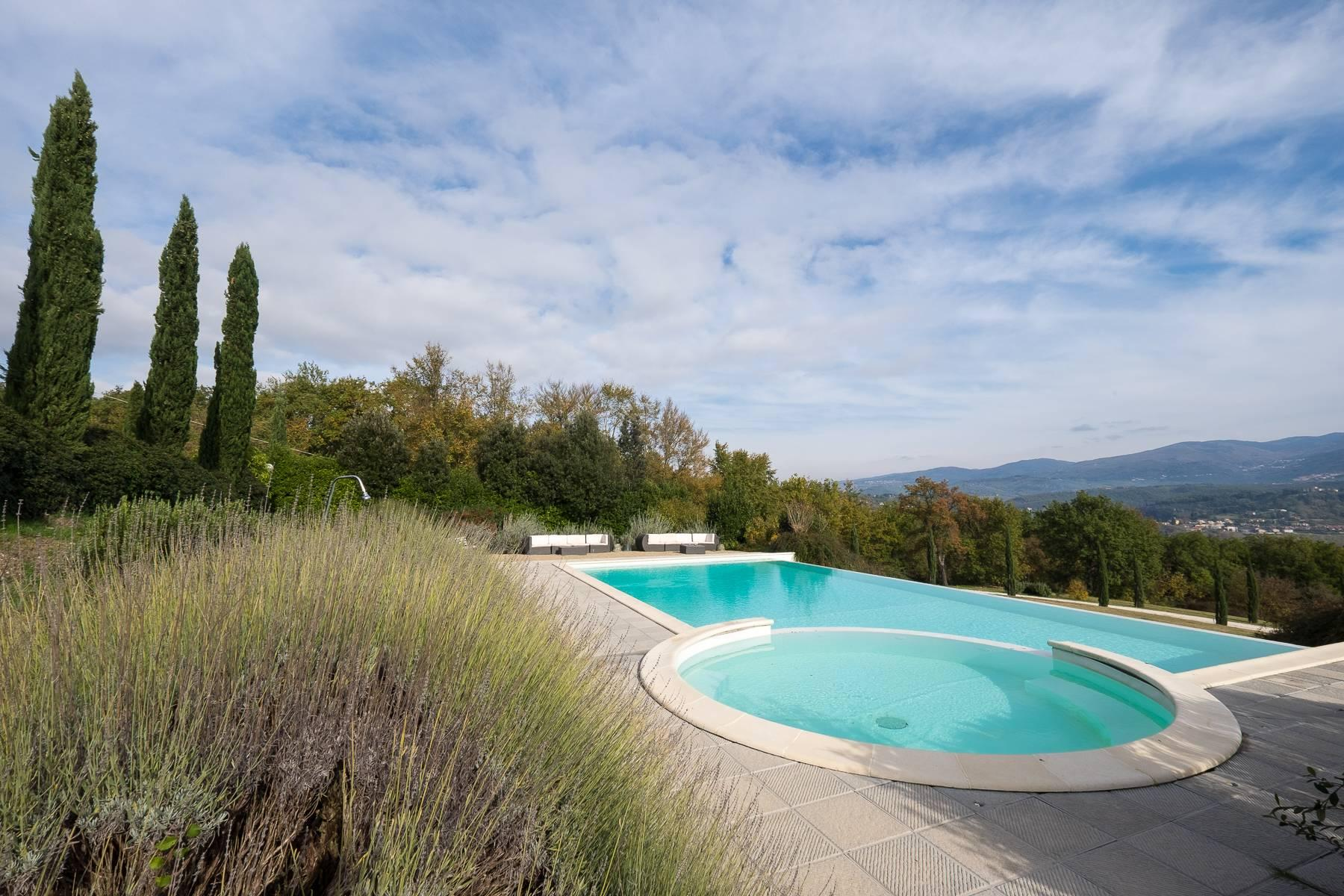 Spectacular Villa and Farmstead close to Florence - 33