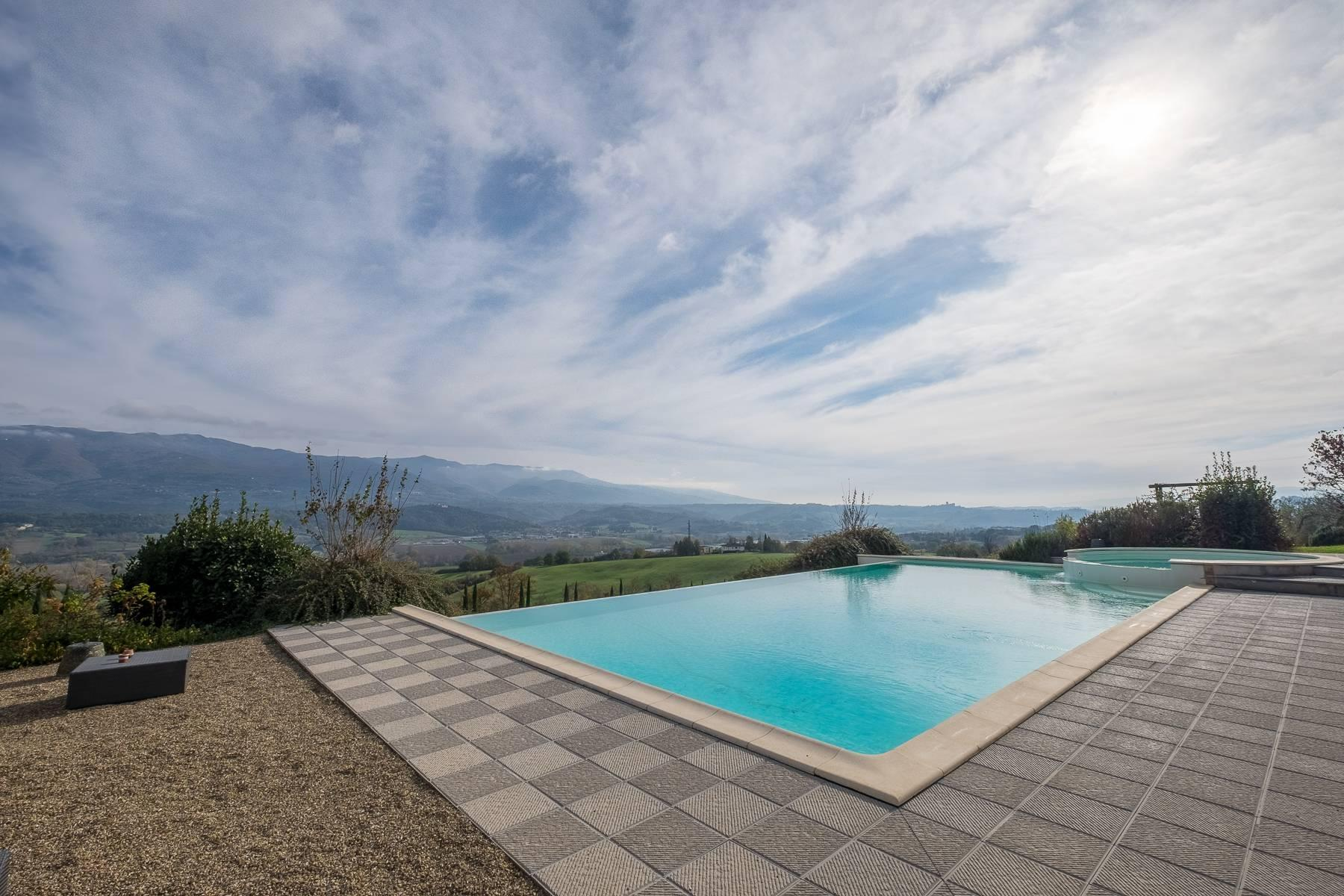 Spectacular Villa and Farmstead close to Florence - 35