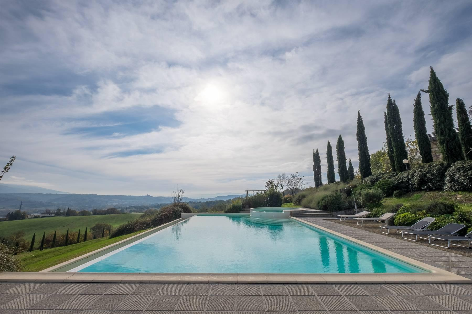 Spectacular Villa and Farmstead close to Florence - 36