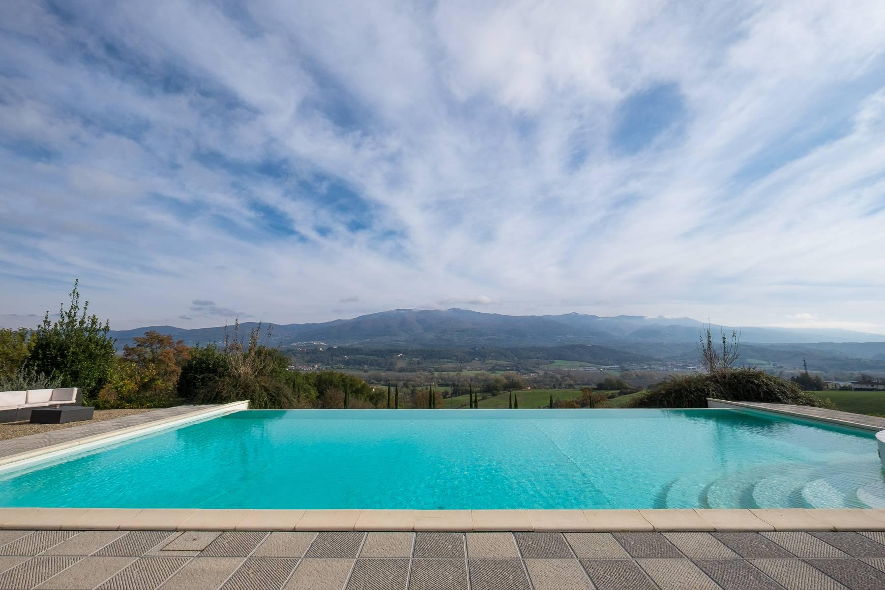Spectacular Villa and Farmstead close to Florence - 37