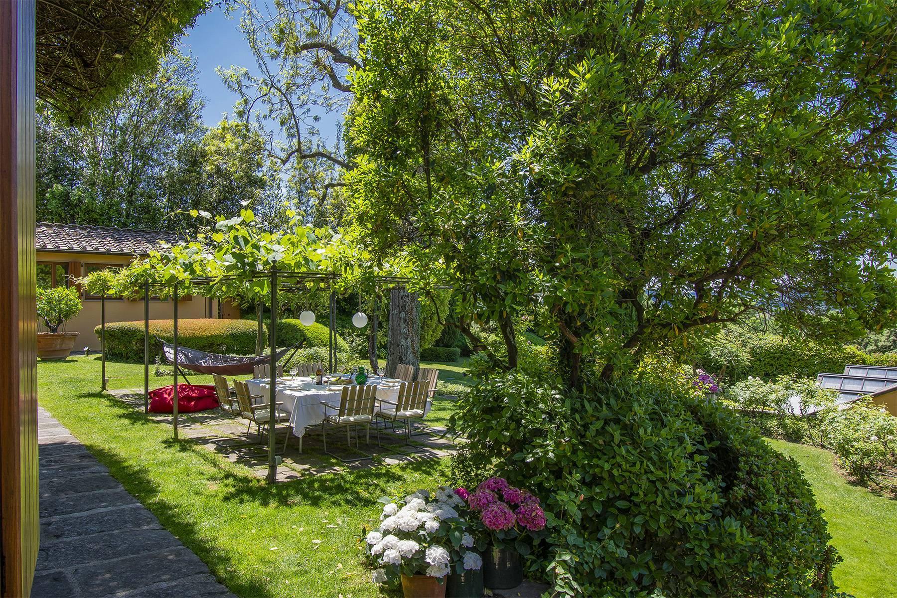 Außergewöhnliche Villa auf den Hügeln um Florenz mit Swimmingpool und Fitnessraum - 6